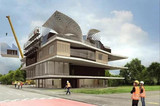 由数字化规划、机器人和3D打印机大规模建造的房子正式完工