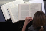 出版商使用机器学习生成研究书籍,内容读起来并不轻松