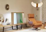 松下将透明OLED显示屏带入客厅家具当中