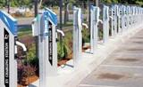 """充电桩行业快速发展: """"智慧慢充桩+大功率快充站""""是未来方向"""