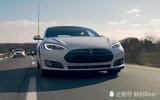 马斯克与特斯拉的自动驾驶技术 能否颠覆汽车安全领域?