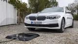 宝马的无线充电系统测试 未来的电动汽车都不需要充电桩?
