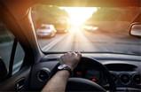 智能遮阳板,让你免受阳光的烦恼,享受更愉快的驾驶