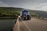 麦克货车推出最新驾驶辅助技术 可减少驾驶员85%的工作负担