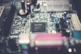 英特尔历时10年的Fab 42工厂全面运营,极大缓解10nm芯片产能