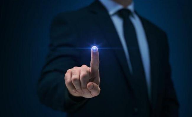 先進的低功耗藍牙智能門鎖可讓用戶通過智能手機解鎖和監控門戶