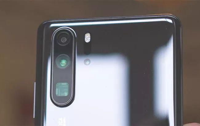 解析手机潜望式镜头产业链