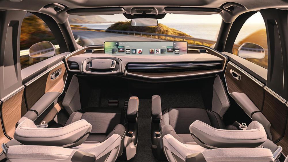 """未來智能座艙就一定是各種屏幕""""堆砌""""各種尖端科技嗎?"""
