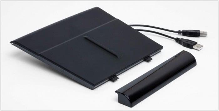 特斯拉推出125美金的车载无线充电板