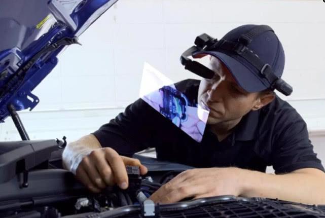 宝马推出维修人员专用智能眼镜 可将技术图纸直接呈现