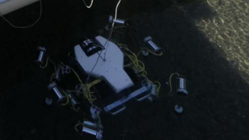 SILVER 2机器人完成首次潜水,将用于收集海床塑料垃圾