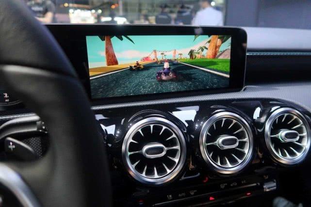 汽车制造商借助VR技术打造智能汽车模块化应用