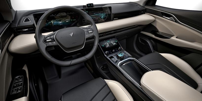 引领情感科技市场?合众汽车打造PIVOT智能座舱系统