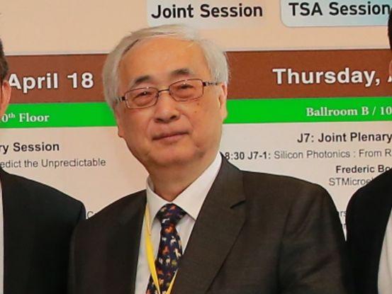 台湾半导体业界大佬胡定华博士的丰功伟绩