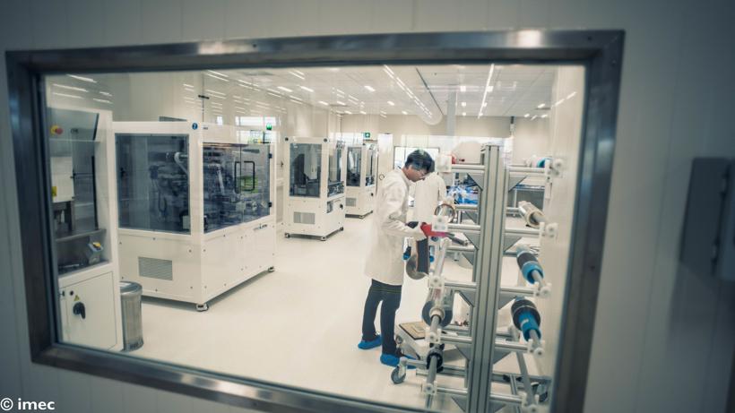 IMEC研发新型固态电池电解质 让固态电池可在2小时之内充满电