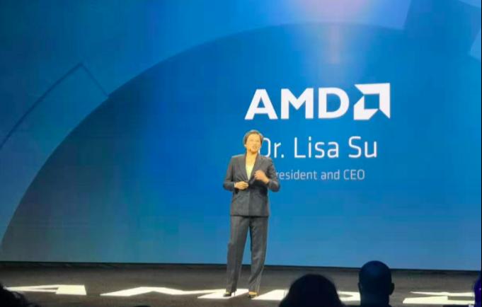 号称地表最强芯片—AMD二代EPYC问市