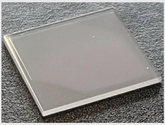 MIT研究人员制造新型富锂陶瓷电解质 更安全