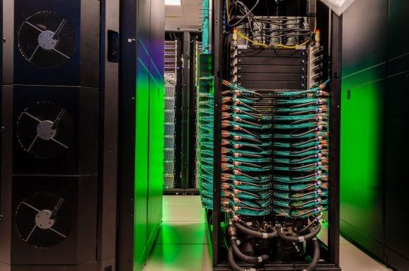 英特尔发布史上最快超级学术计算机Frontera