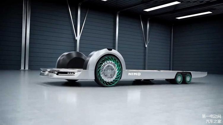 REE与日野(Hino)合作 展示创新的轮胎电机技术
