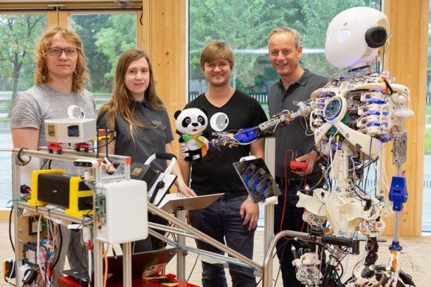 英飞凌携3D打印人形机器人Roboy 2.0首度亮相中国
