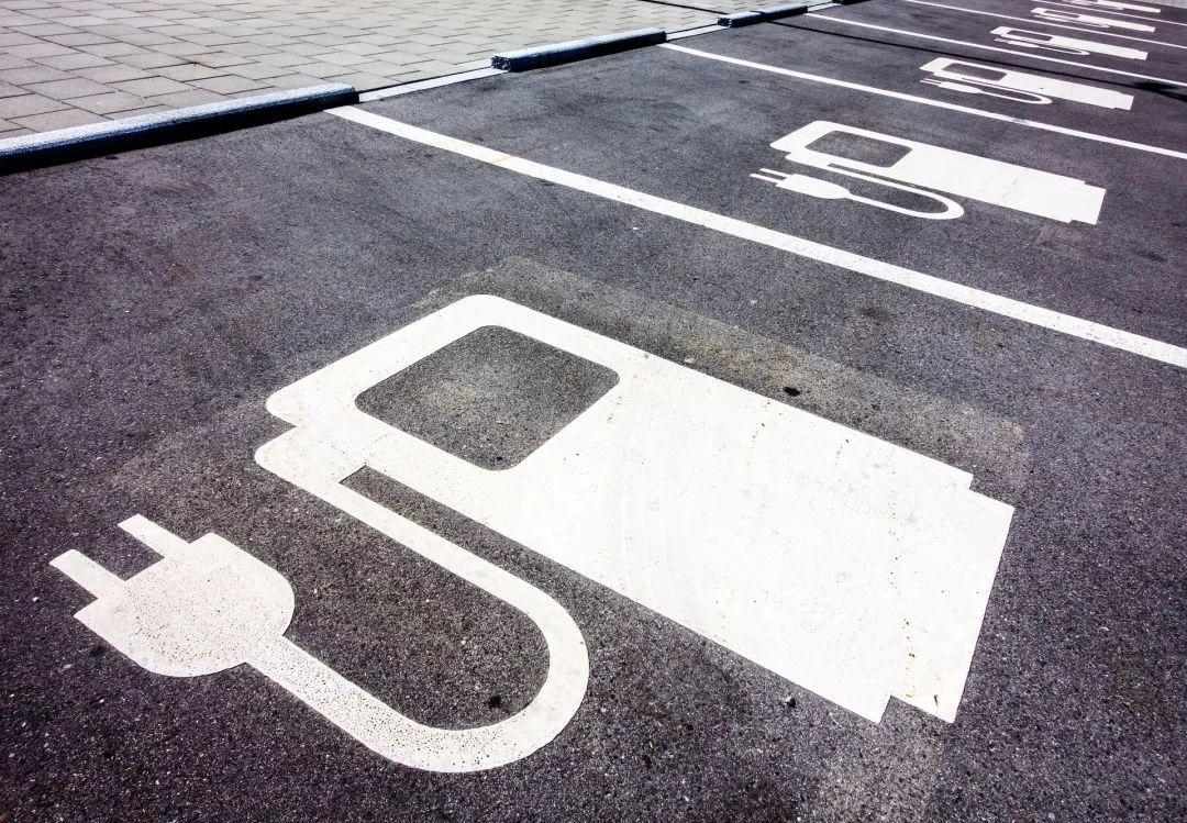 碳化硅器件:纯电动车三级充电桩的优选