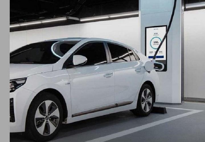 """现代推出超高速电动汽车充电设备""""Hi-Charger"""""""