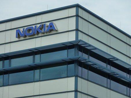 诺基亚下调利润预期,面临250万欧元罚款