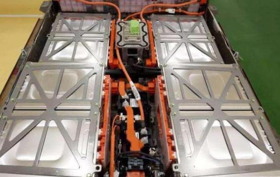 电动汽车电池充多少电满足日常使用?