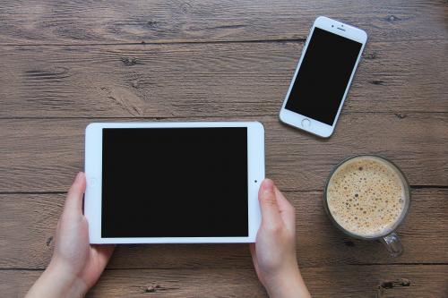 苹果正开发带有触控板功能iPad智能键盘或在本月底发布