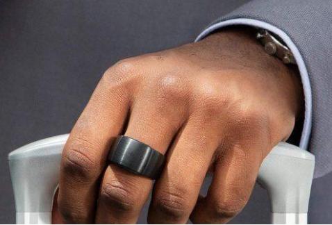 亚马逊推出搭载语音助手功能的智能指环