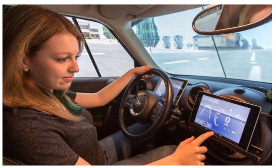研究人员开发自适应控制方法 自动生成自动驾驶仿真场景