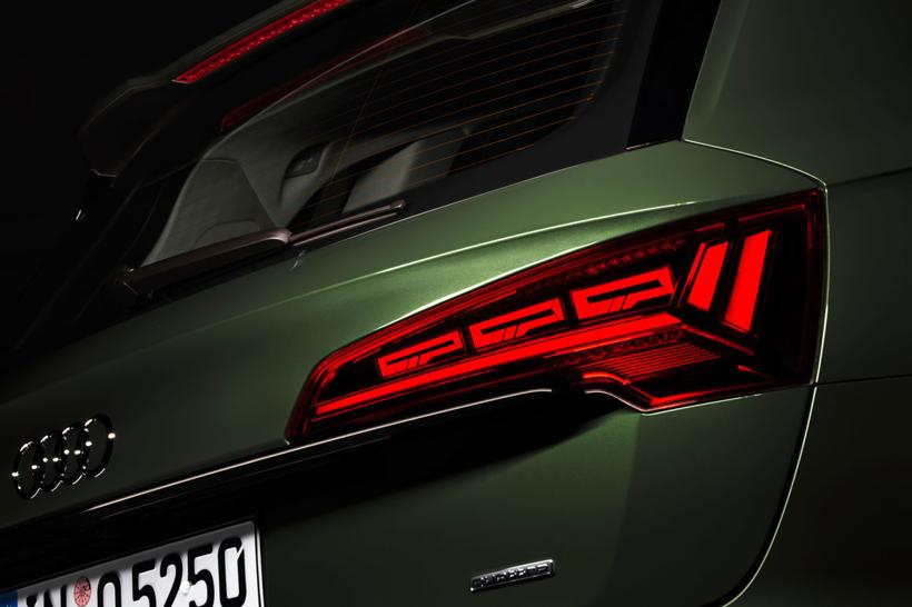 奥迪推出新一代数字化OLED照明技术 可改善道路安全