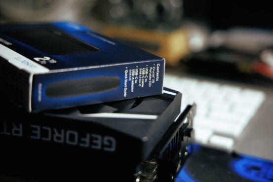 是时候添置一块大容量SSD了 英睿达X8